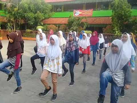 Latihan PBB Tahap Awal SDN Kembangan Utara 10 Pagi Jakarta