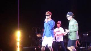 Kim Jong Kook & HaHa as TURBO - Nero & Love Is (Live - 07/12/14)