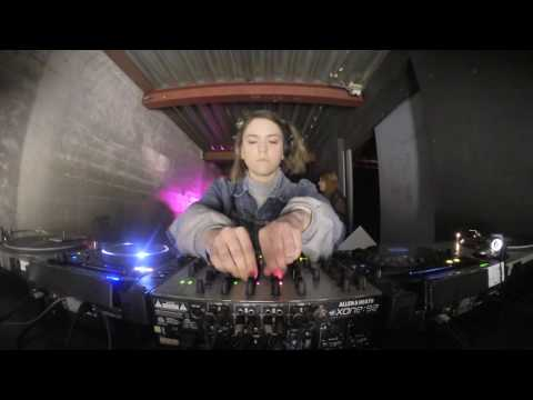 Isza Parchini @ Shourai Sessions, RADION, Amsterdam (22-02-2017)