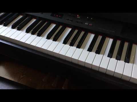 Yamaha Clavinova CLP 840 Demo