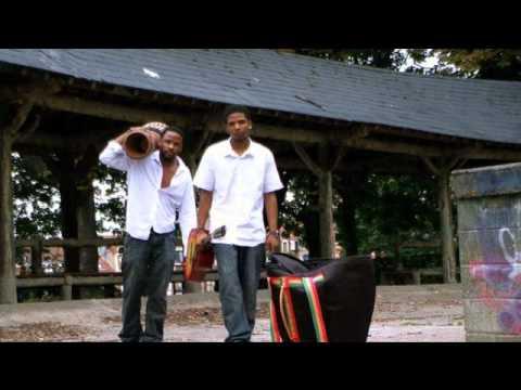 brothers-lisboa-santos---gabarola