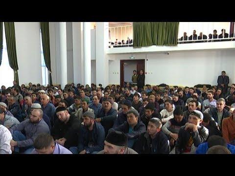 В Губкинском открыли мечеть 6+