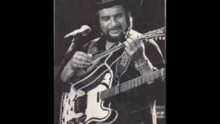 Waylon Jennings    Be Careful Of The Stones You Throw