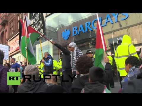 UK: Pro-Palestine protesters besiege Barclays, M&S and Tesco in Manchester