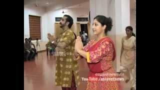 Lakshmi Gopalaswamy and Vineeth performing Jnanappana for Pamba river renovation