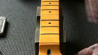 Cheap F-type Chinese guitar neck: fret level (on a copy)...