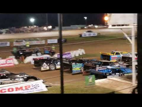COMP Cam late models I-30 Speedway salute