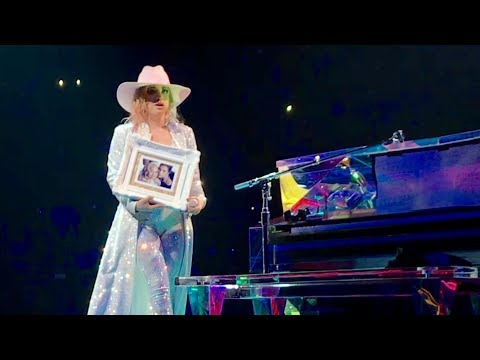 Lady Gaga - Grigio Girls Joanne World Tour Houston