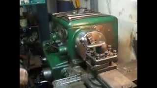 Ремонт водяной задвижки ч.  1(В этом видео показано как изготовить гайку из бронзы с левой резьбой, в которую вкручивается винт. Смотрим..., 2015-04-11T22:03:17.000Z)
