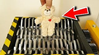 LOOK CLOSELY WHAT WILL HAPPEN TO THE TEDDY BEAR - THE SHREDDER SHOW