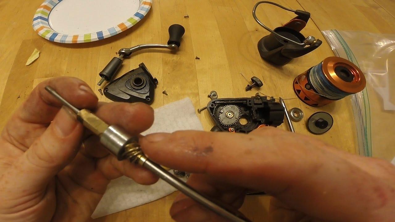 Fishing Reel Autopsy - What\'s inside a fishing reel? taking apart a ...