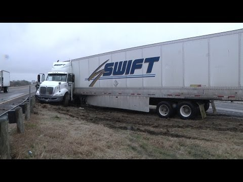 Thumbnail: HD Texas icy road sliding caught on tape: Extended footage (semi truck & pickup)
