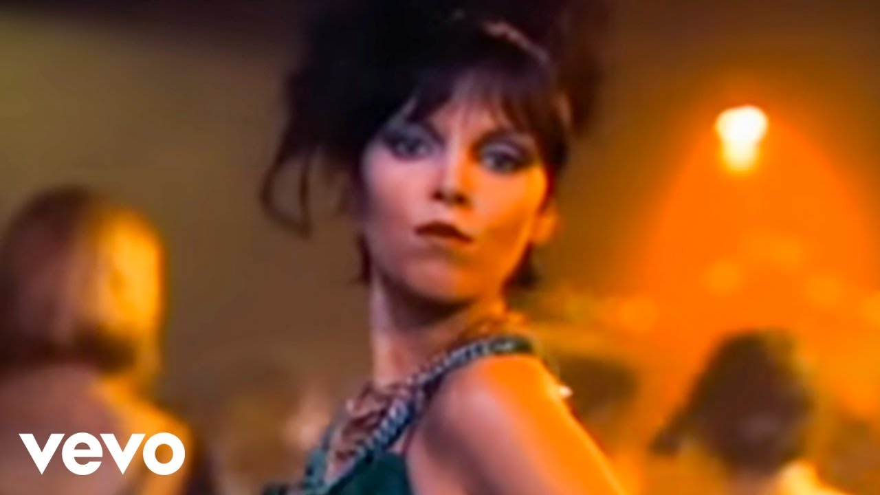 Pat Benatar - Love Is A Battlefield (Official Video)