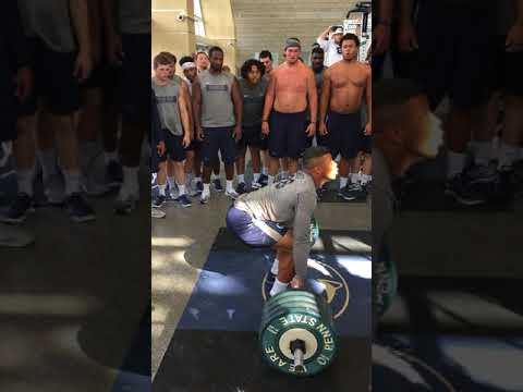 Saquon Barkley Power Cleans 405