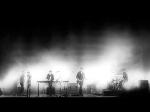 Trentemøller: Never Stop Running - live (feat. Marie Fisker)