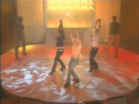 Britney Spears - I'm a slave 4 U Oprah 04/02/02
