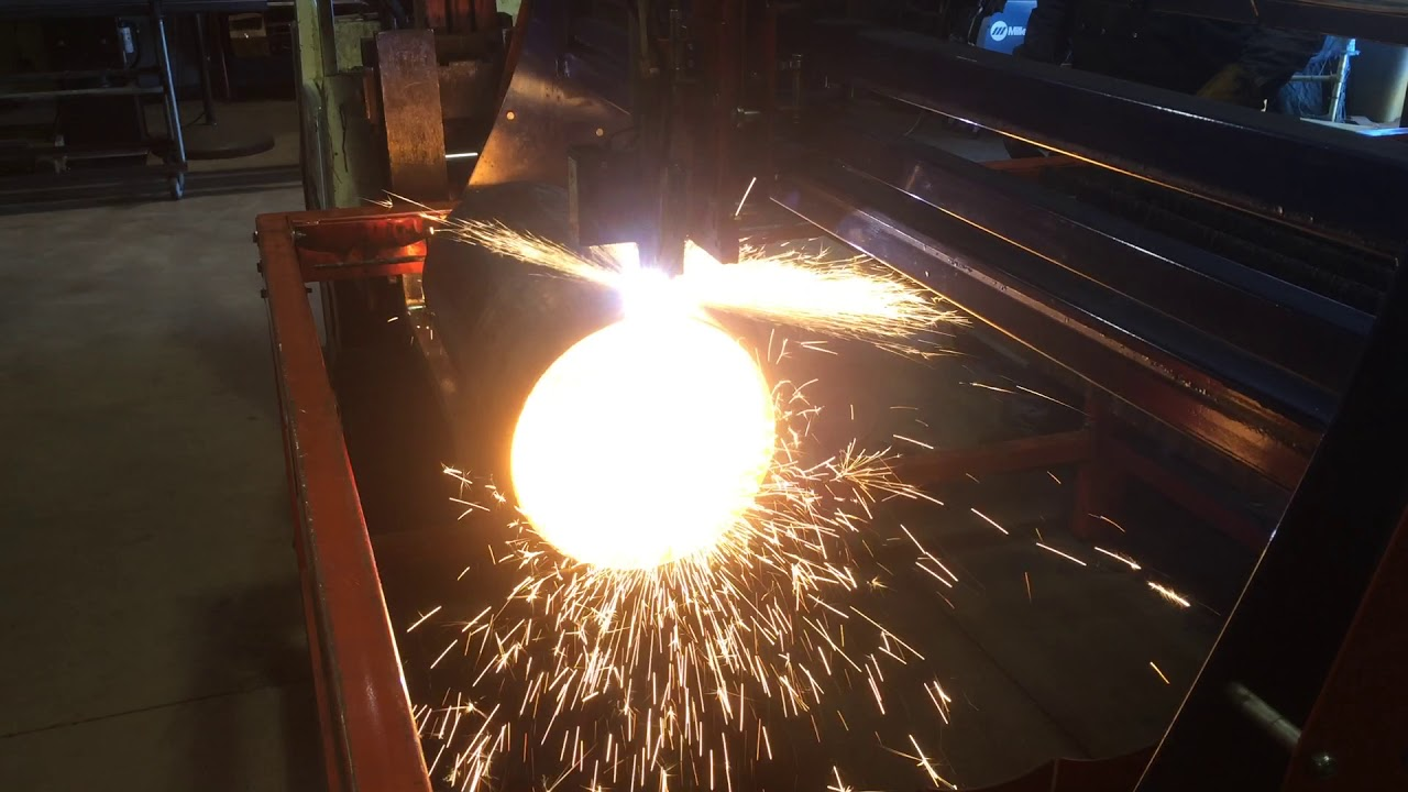 Burntables Cnc Plasma Table Cutting Large Pipe Youtube