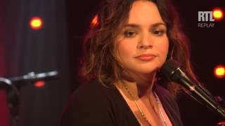 Norah Jones - Carry On dans le Grand Studio RTL