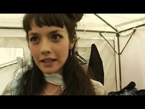 30 Olivia & Anna Tsuchiya Live   'NANA Special Street Live' 06 25 06