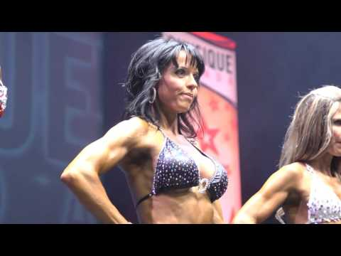 The Women at the 2015 Physique Canada Canadian Championships
