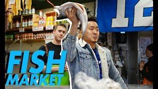 EPIC SEATTLE FOOD MARKET CRAWL (Pike Place Market) // Fung Bros