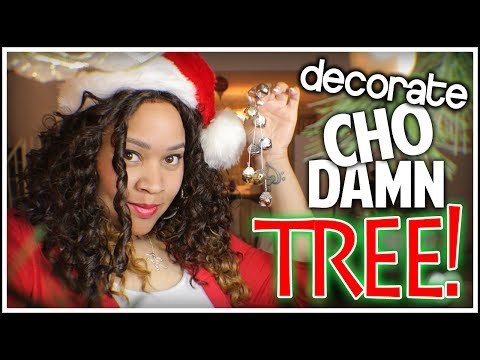 Michelle' Does The CHRISTMAS TREE!