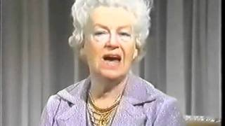 Rare clip of Gracie Fields on the Russell Harty Show -1975