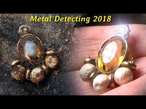 Metal Detecting - Old GOLDEN Pendant with DIAMOND Gemstone and Pearls! Silver Cup [ 2018 ]