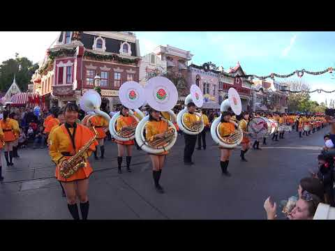 Amazing Japanese High School Girl Band in Disneyland