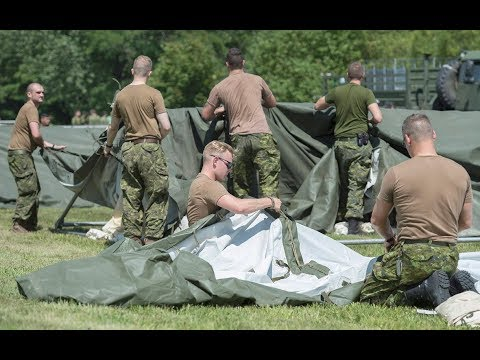 Military builds camp for asylum seekers at Quebec border