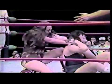 Leilani Kai Peggy Lee vs  Velvet McIntyre Penny Mitchell