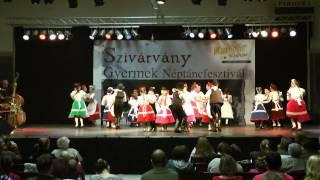 Dr. Pesovár Ernő AMI Mákvirág csoport: Harangoznak délre- Kalocsai táncok Thumbnail