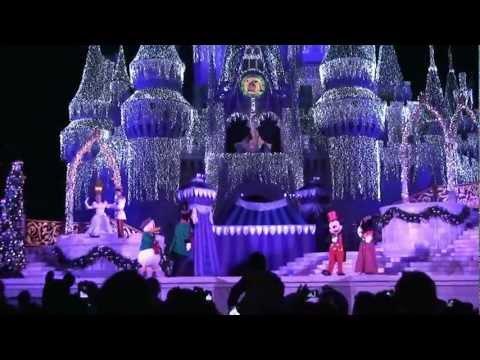 Cinderella Castle Christmas Lights.2011 Cinderella Castle Christmas Lighting At Magic Kingdom