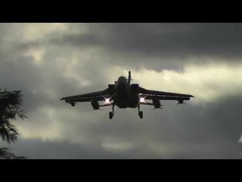Royal Air Force - Panavia Tornado GR.4 (Desert Pink) landing at RAF Northolt