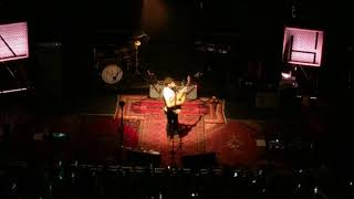 Video Fool's Gold (1D Cover) -- Niall Horan, Flicker Sessions, London (8/31/2017) download MP3, 3GP, MP4, WEBM, AVI, FLV Juli 2018