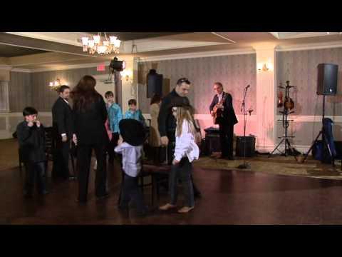 Funny Musical Chair Game at Royal Ashburn Golf Club Ontario Wedding Videographer
