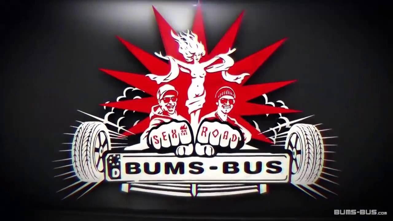 Reife Mature wird im Bums Bus flach gelegt