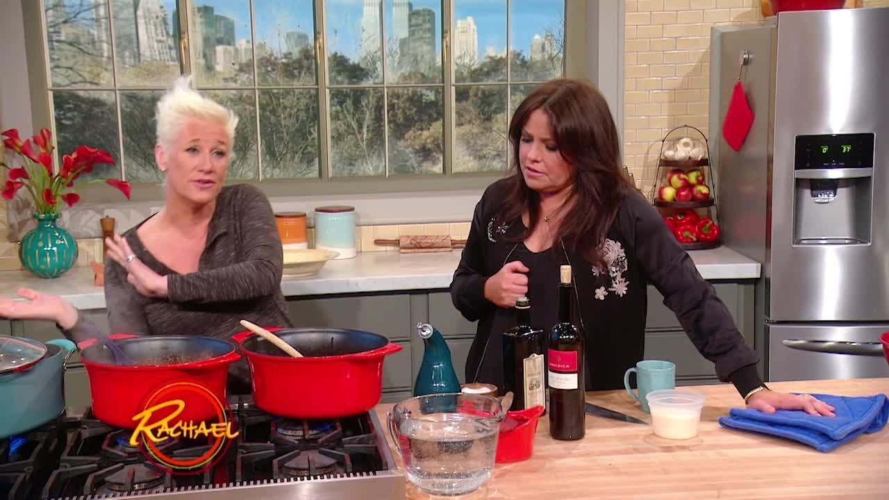 Anne Burrell's Sweet and Spicy Sausage Ragu - YouTube