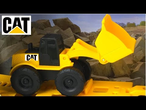 COLLECTION CAT CONSTRUCTION MIGHTY MACHINES WITH SERVICE TRUCK WHEEL LOADER DUMP TRUCK & EXCAVATOR