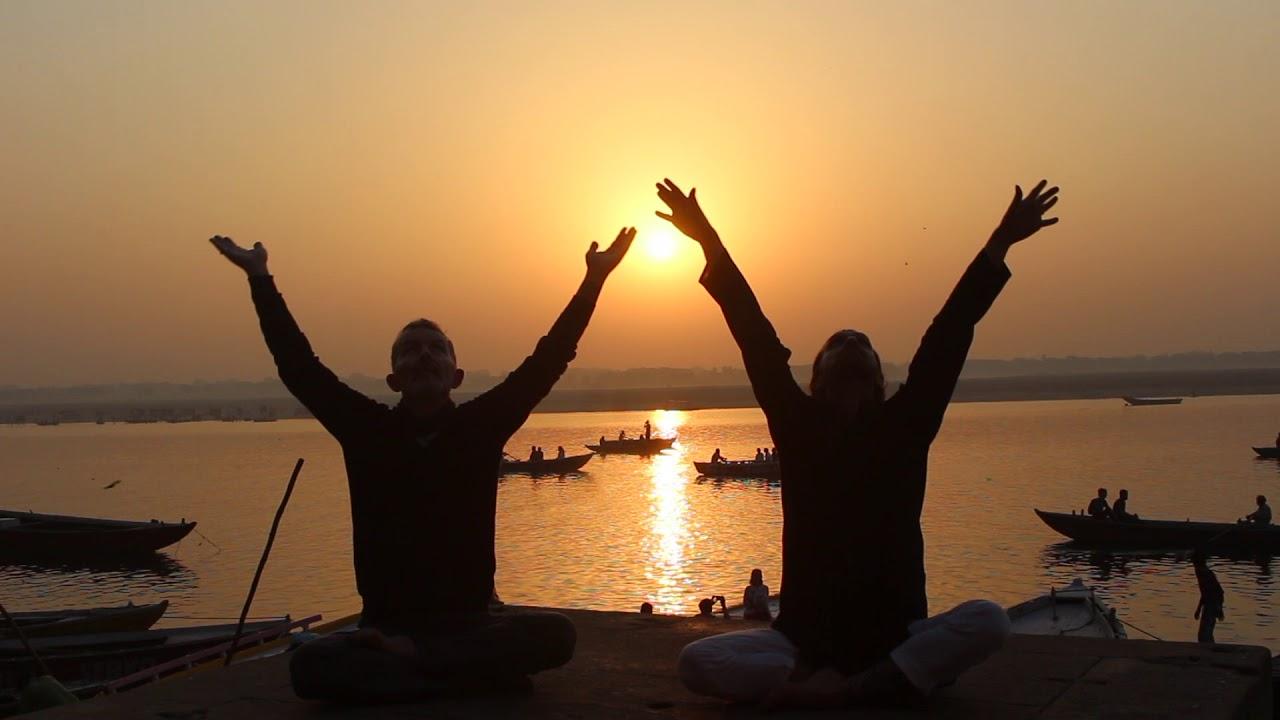 ENTENDRE :                      SHANTI INVOCATION - Varanasi