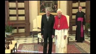 Thế Giới Nhìn Từ Vatican: Giáng Sinh tại Ý và Palestine