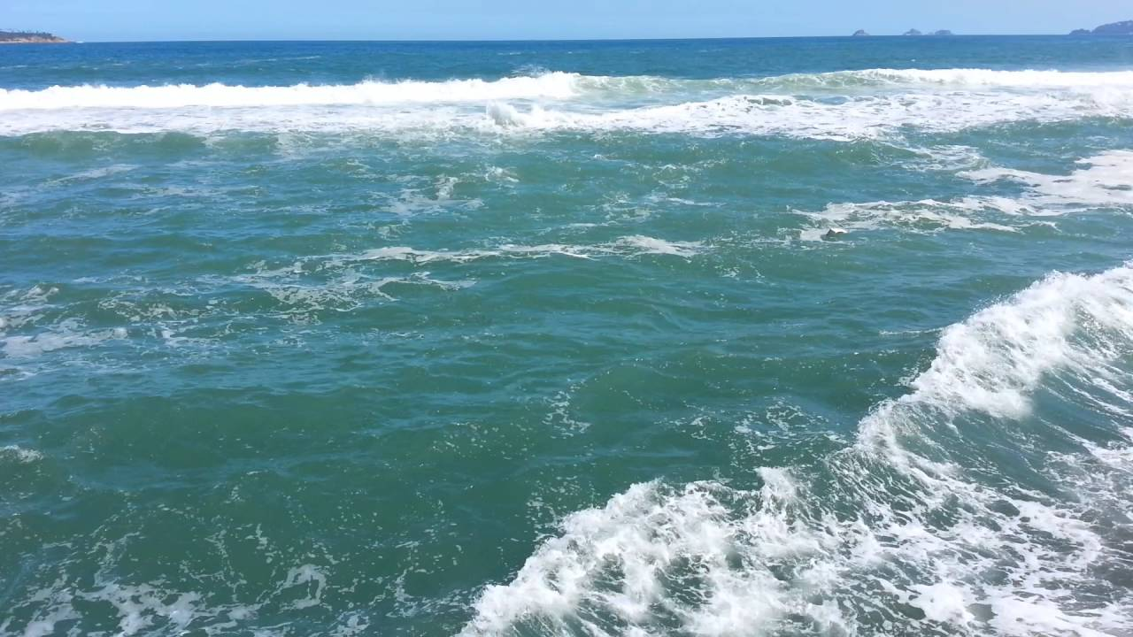 Resultado de imagem para praia arpoador