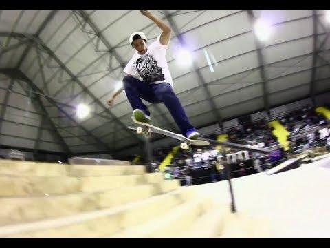 Skateboarding in Colombia - Luis Tolentino 2012