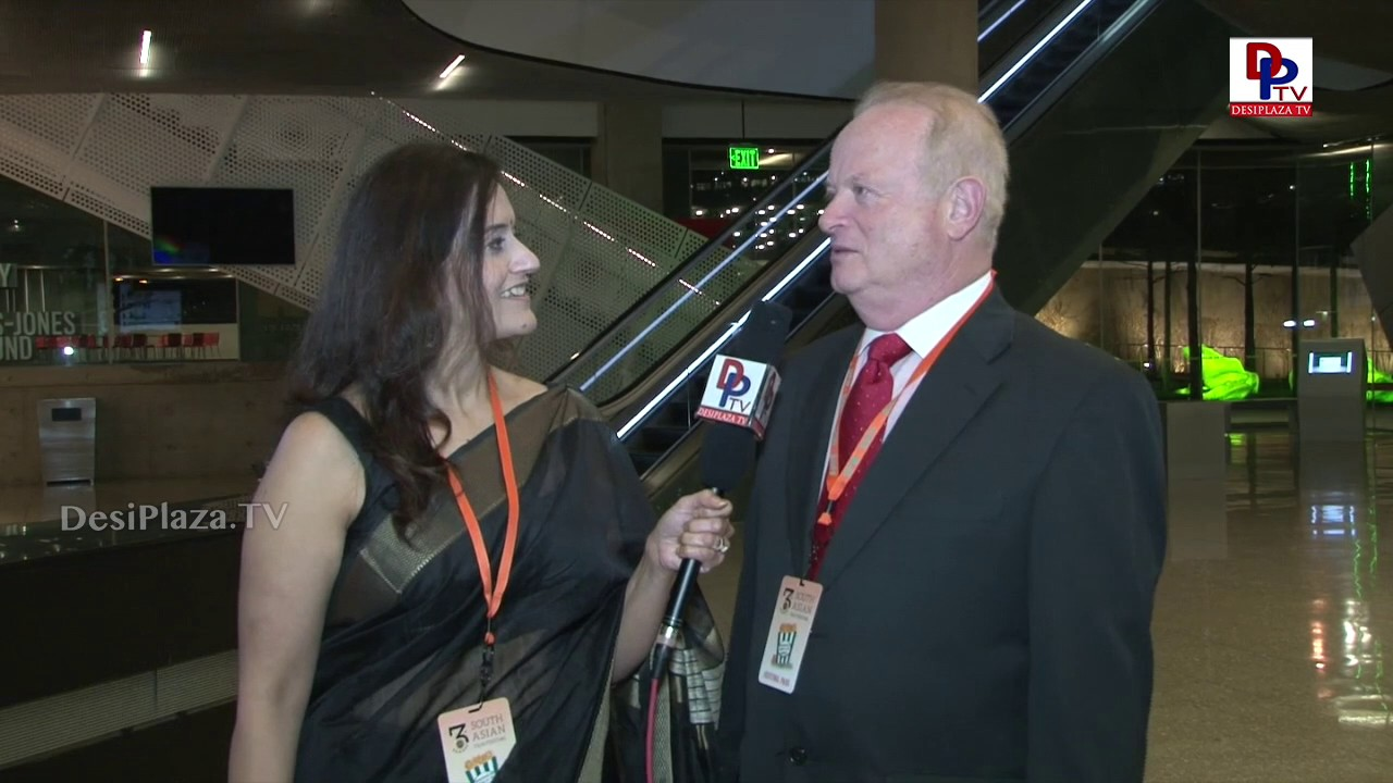 Garry, SAFF audience speaks to DesiplazaTV at DFW South Asian Film Festival || DFWSAFF || Dallas