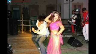 Anarkalli Aakarsha with Chillie in Kiss Dance