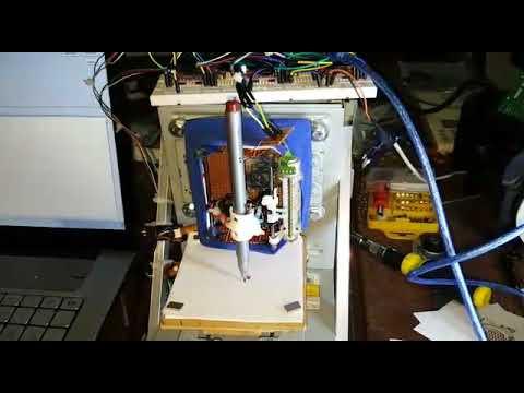 DIY Arduino CNC machine  (drawing Bayern münchen logo )