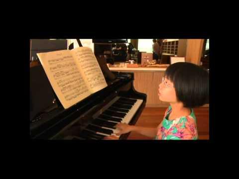 Magdalene: Malaysia's 9 year old Prodigy - Amazing Sight Reader!