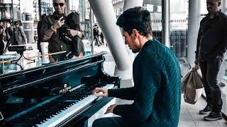 POP PIANO MEDLEY Pt. 1 [2000s] at Utrecht Train Station – THOMAS KRÜGER