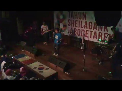 Free download Mp3 Pendosa (Sheila On 7) - TIFOSI | #8thAnnivSGJabodetabek di ZingLagu.Com