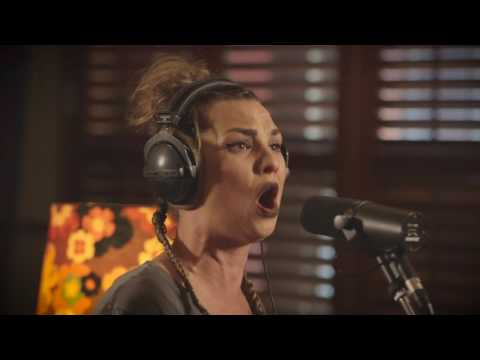 Hollie Smith - Water Or Gold (NZ Live Acoustic Session)